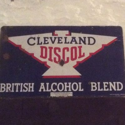 Cleveland Discol British Alcohol Blend Sign