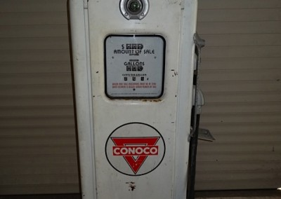 Bennett 766 Petrol Pump