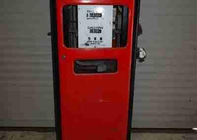 Bennett Model 966 Petrol Pump