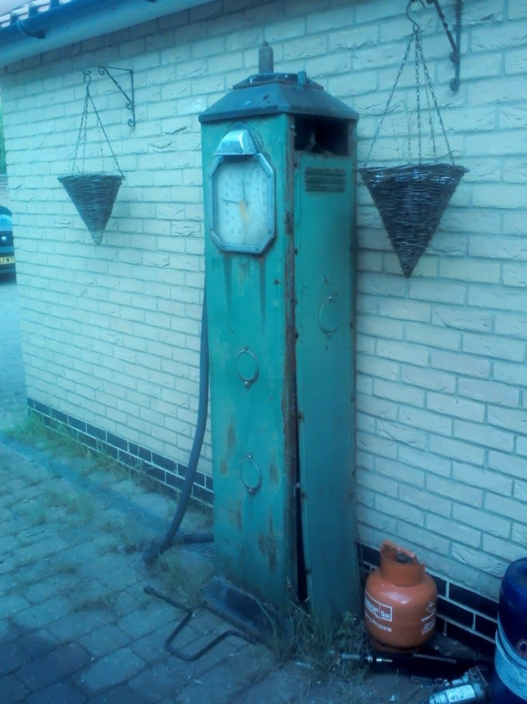Unrestored Avery Hardoll Petrol Pump