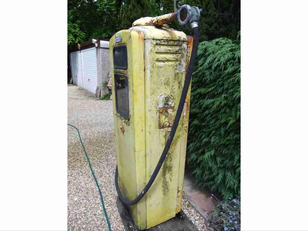 Beckmeter Petrol Pump