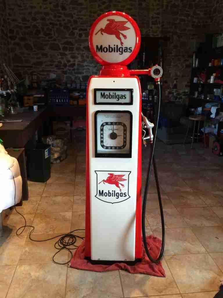 Restored Avery Hardoll 101 Petrol Pump
