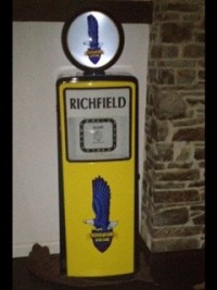 Avery Hardoll Petrol Pump in Richfield Livery