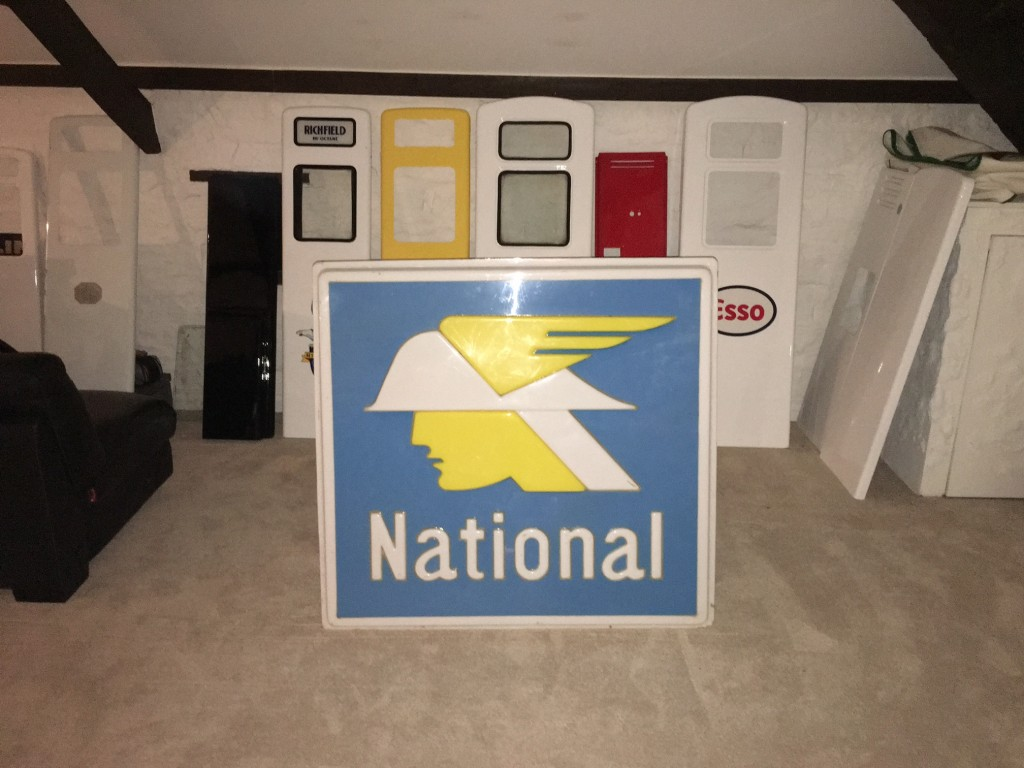 National Forecourt Sign