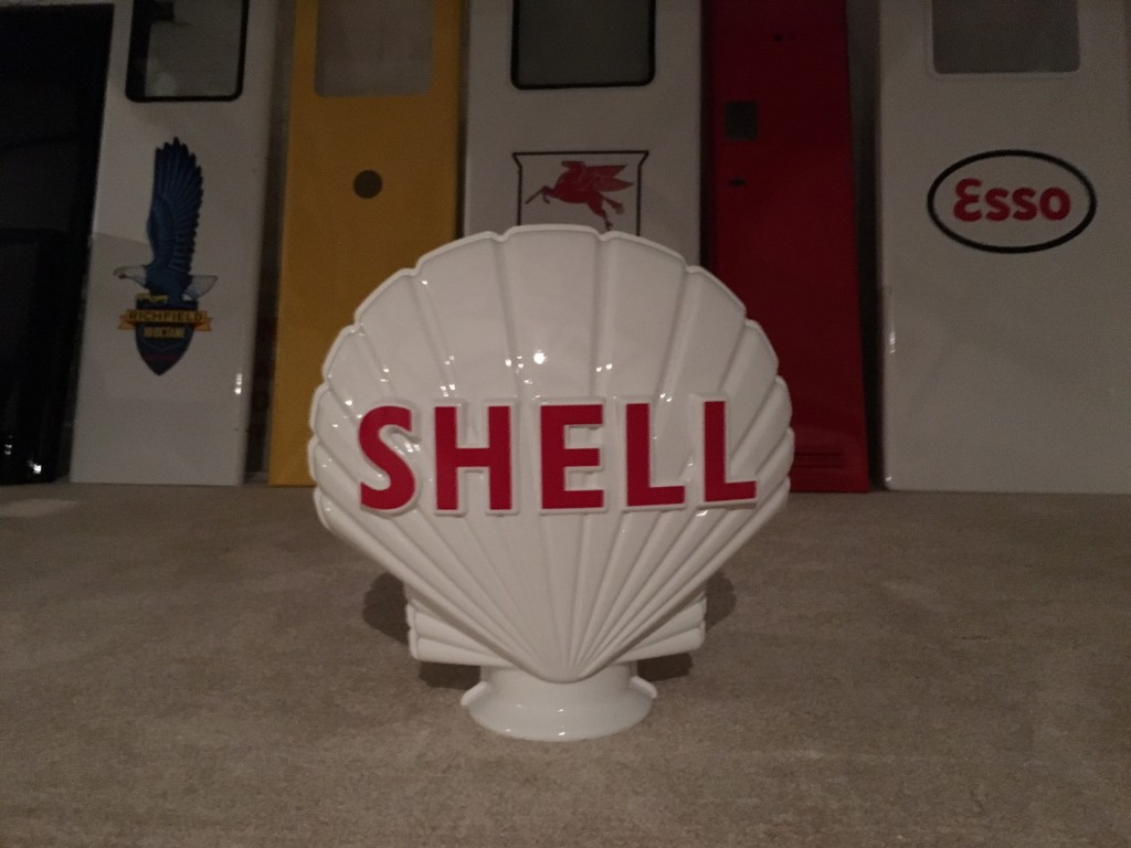 Repoduction Shell Petrol Pump Globe