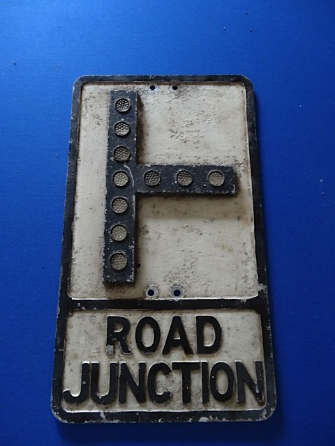 Gowshall Road Junction Sign