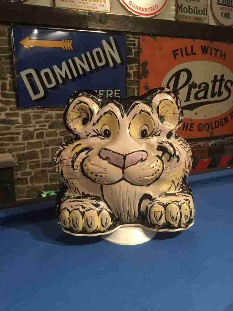 Tony The Tiger Globe