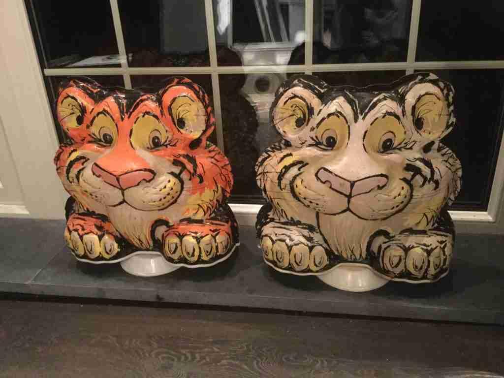 Esso Tony The Tiger Globes