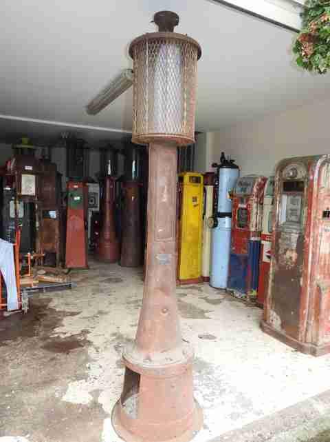 Fry Visible Petrol Pump