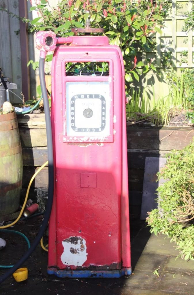 UK Restoration's Unrestored Avery Hardoll Petrol Pump