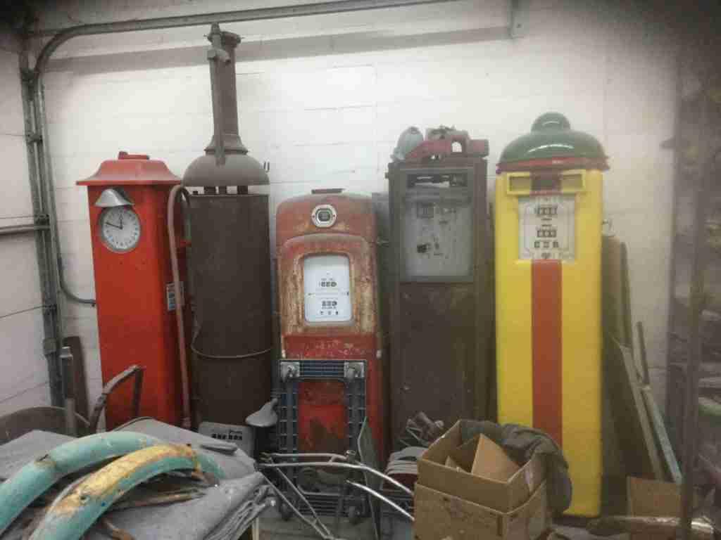 UK Restoration Picking