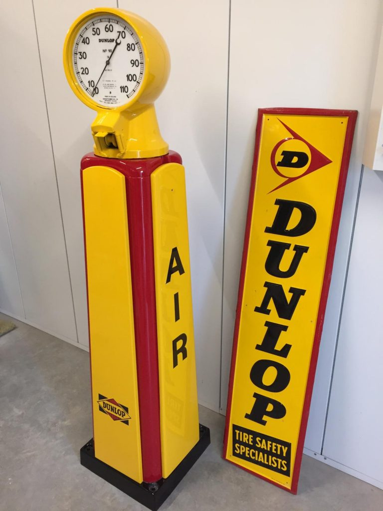 Fully Restored 1950's Dunlop Air Tower in Dunlop Livery by UK Restoration