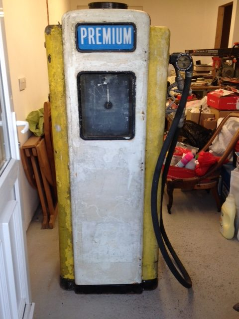 UK Restoration's Restored Wayne 70 Petrol Pump8