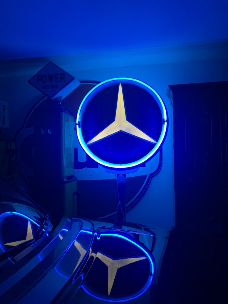 Mercedes Benz Forecourt Sign