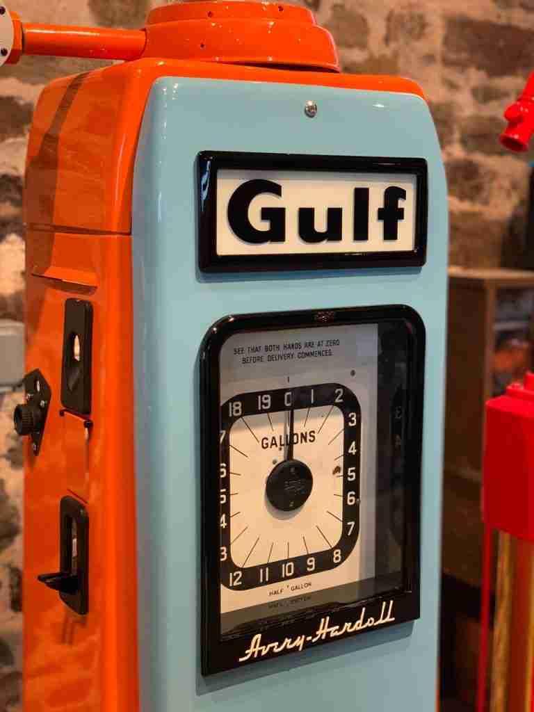 UK Restoration's Avery 101 Restored Petrol Pump in Gulf Livery