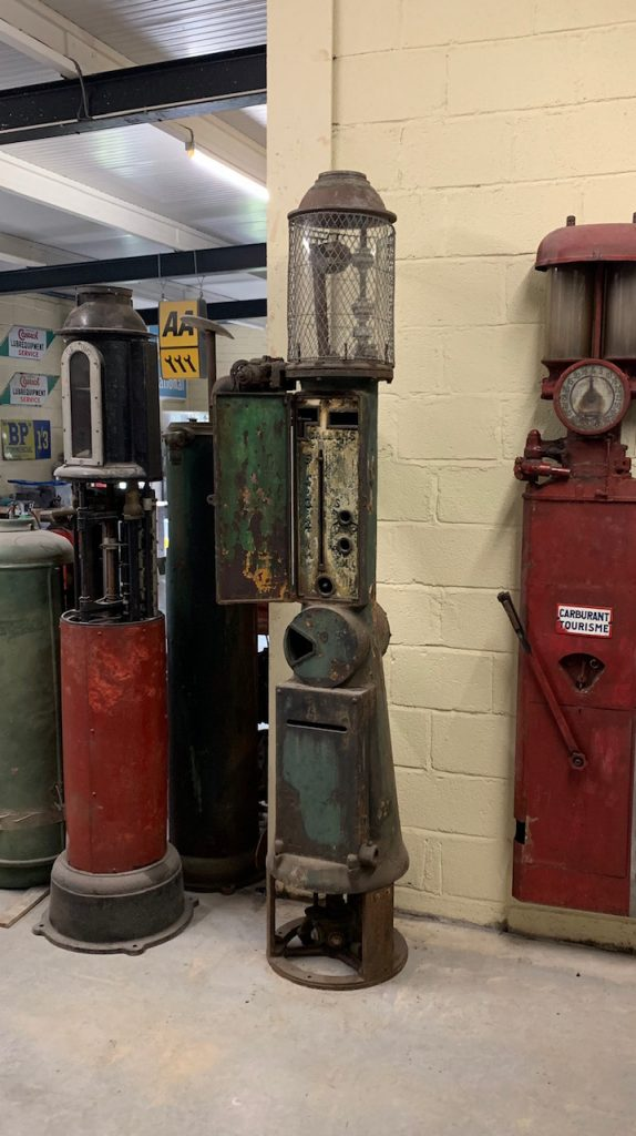 UK Restoration's Theo Samoa Petrol Pump