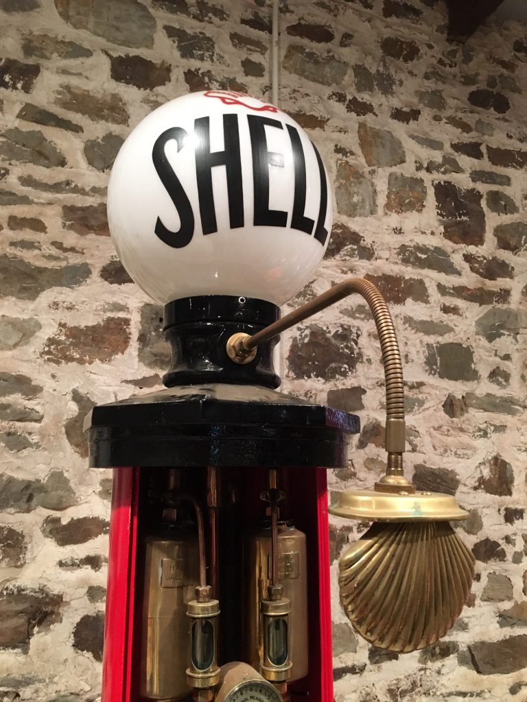 UK Restoration's Shell Mark 1 Petrol Pump
